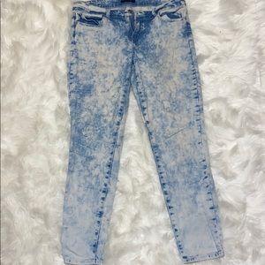 Forever 21 Light bleach wash denim jeans